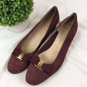 Salvatore Ferragamo Vera classic bow suede shoes